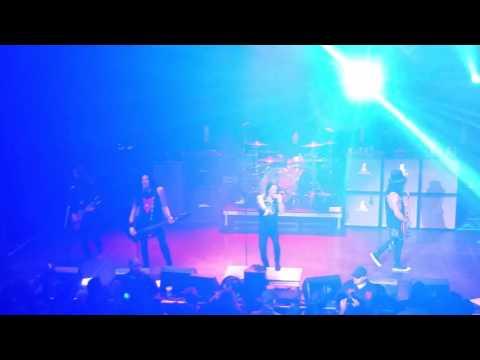 Slash & Myles Kennedy- Mr. Brownstone