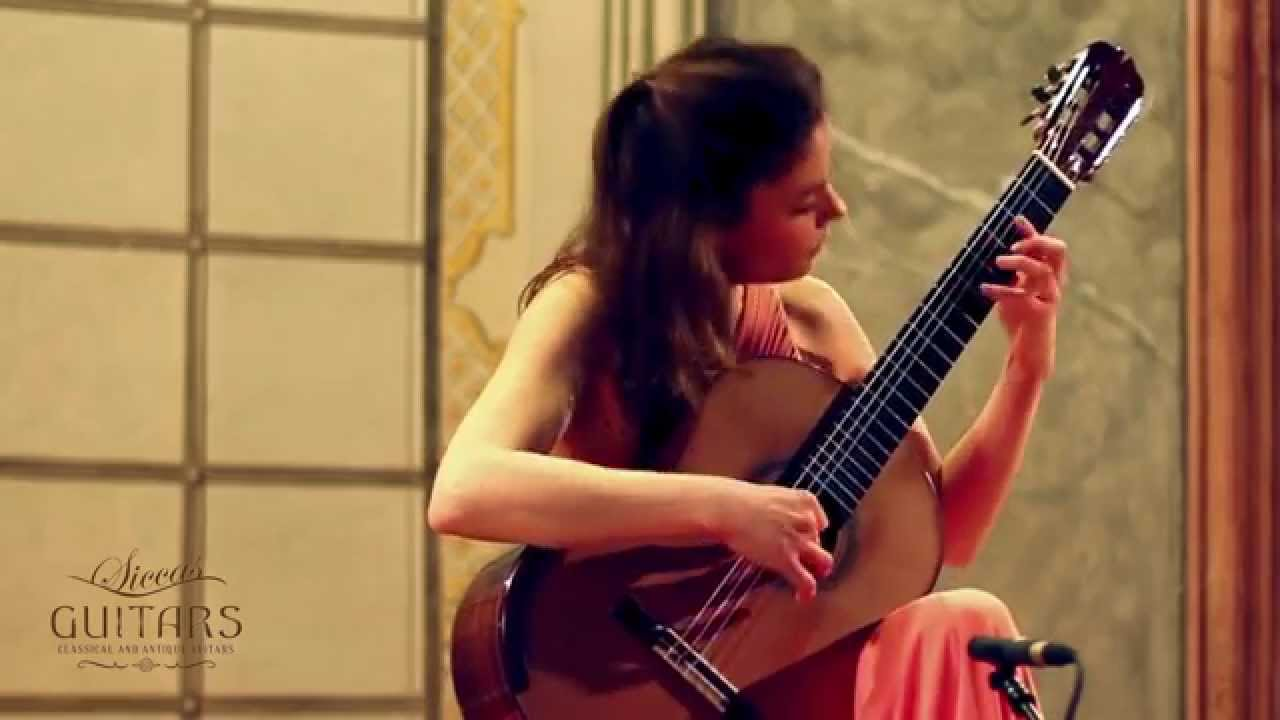 Ana Vidovic plays Sonatina - III. Allegro by Federico Moreno Tórroba