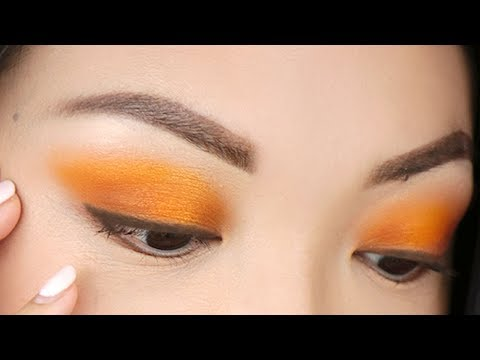 HOW TO: Apply BRIGHT Eyeshadow For Beginners!