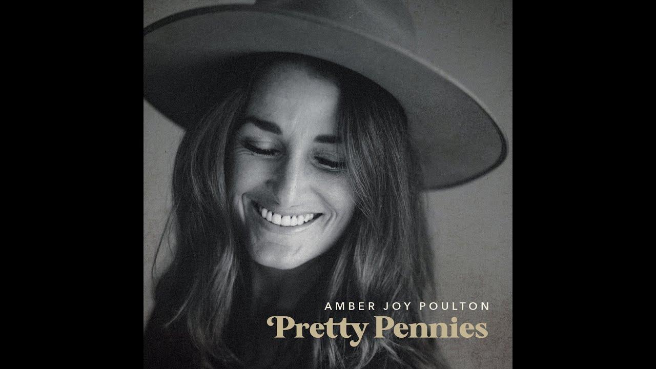 Amber Joy Poulton joins Tracy & the Big D on Fraser Coast FM, April 2021