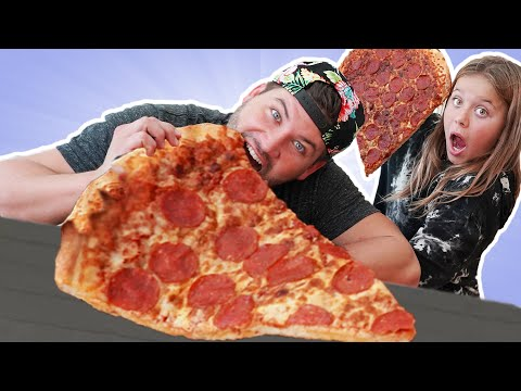 We Made a Giant Pizza w/ Giant Pizza Slice Hack!! DIY Foods Challenge