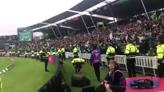 OMG!! Security guards stand up when huge Pakistan cricket fans shouted on Boundary in CWC19 match