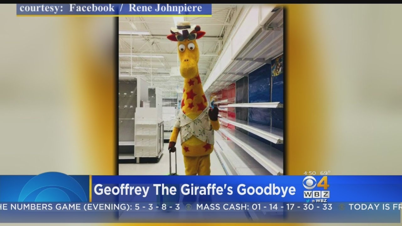 Last Toys R Us Stores Closing Friday Youtube