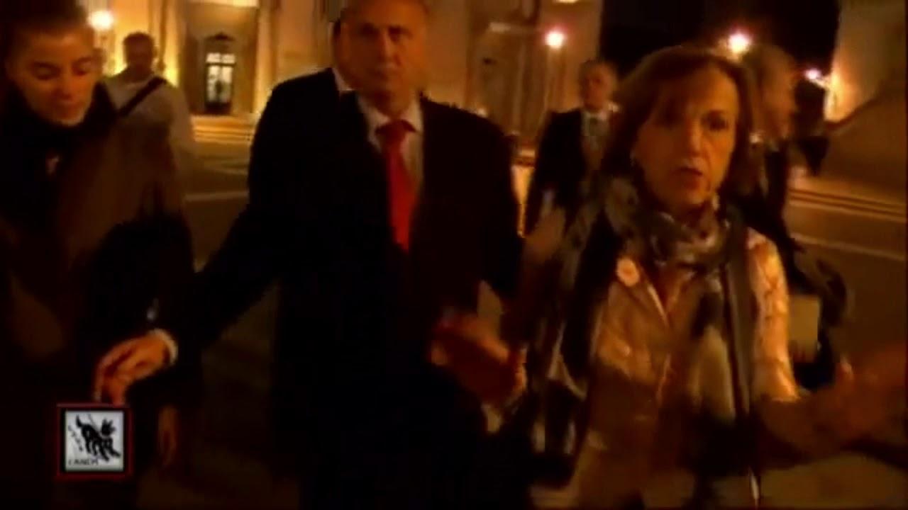 Politici italiani beccati a cena con membri del Bilderberg: Guardate la reazione