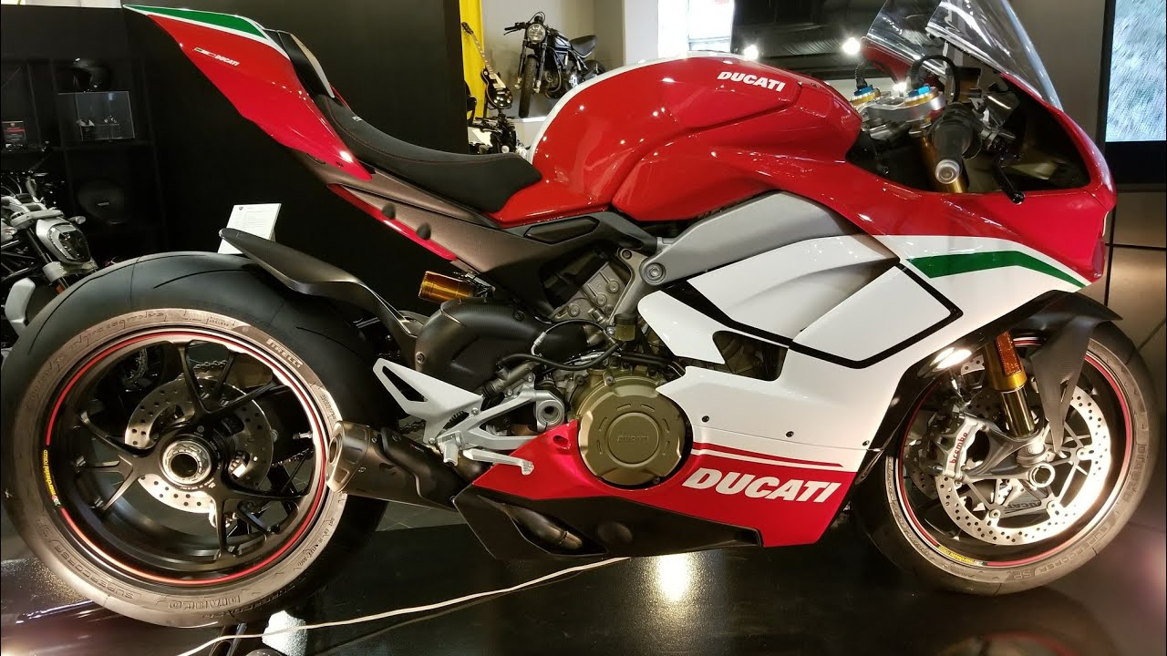 2018 ducati panigale v4 speciale a closer look youtube. Black Bedroom Furniture Sets. Home Design Ideas