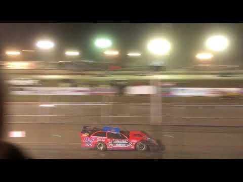 Dairyland Duel at Wilmot Raceway Late Models 8-17-2018 (fast laps and 3s is flying around)