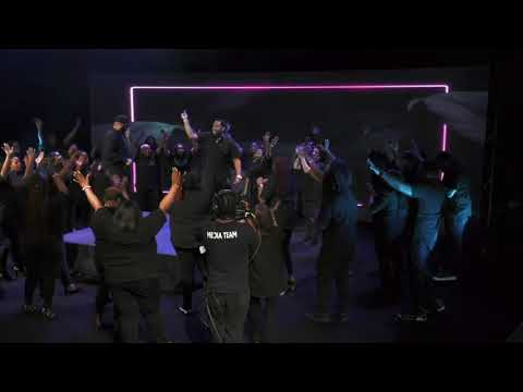 Sunday Service Choir – Rain ( Official Live Video )