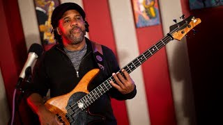 Victor Wooten 'Funky D' | Live Studio Session