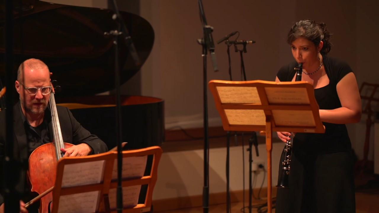 Ursula Mamlok - Fünf Bagatellen für Klarinette, Violine und Violoncello (V)(1988)