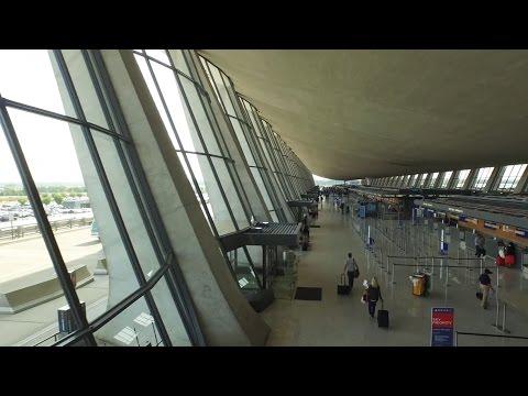 Eero Saarinen's revolutionary design of the Dulles International Airport