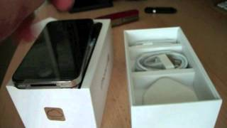 iPhone 4S 16gb Black unboxing uk(just an unboxing on the apple iphone 4s 16gb black and i love it so far let me know what you think down below., 2011-10-17T21:01:52.000Z)