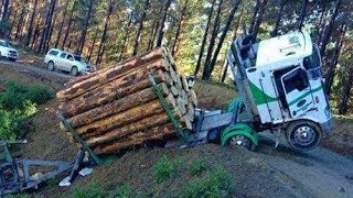 Heavy Logging Trucks,Timber, Wood Harvesting & Agricultural Machine Stuck on Mud & Dense Snow