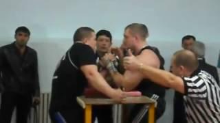 Ильин vs Тагабаев ЧРК по армрестлингу 2010 год Алматы