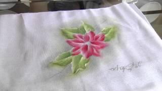 Como fazer lindas Flores de natal com pintura em tecido