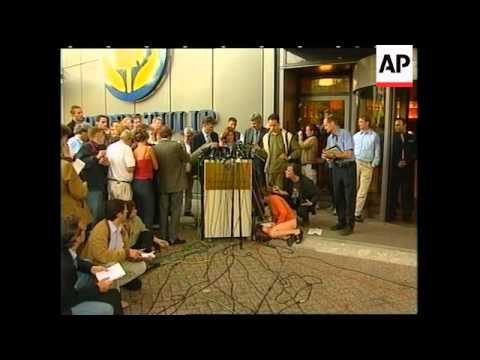 Lawyers for Milosevic address press office