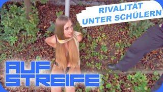 Konkurrenz in der Schule: Am Straßenschild festgebunden | Auf Streife | SAT.1 TV