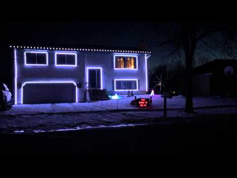 Synchronized Musical Holiday Lights in West Fargo