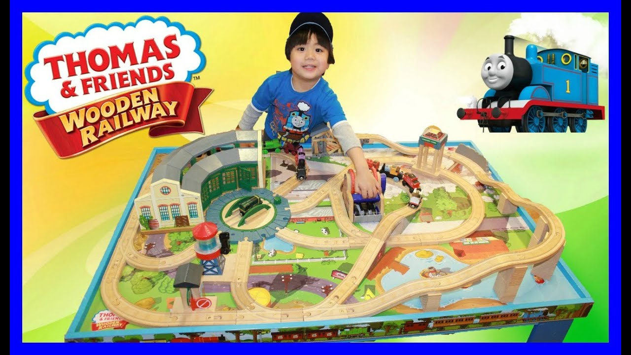 THOMAS AND FRIENDS WOODEN RAILWAY GROW WITH ME PLAY TABLE Kids Playing Toy Trains  sc 1 st  YouTube & THOMAS AND FRIENDS WOODEN RAILWAY GROW WITH ME PLAY TABLE Kids ...