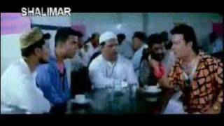Hyderabadi Phekuan (a very Funny Clip from Angrez) http://twitter.com/mustafashakeel