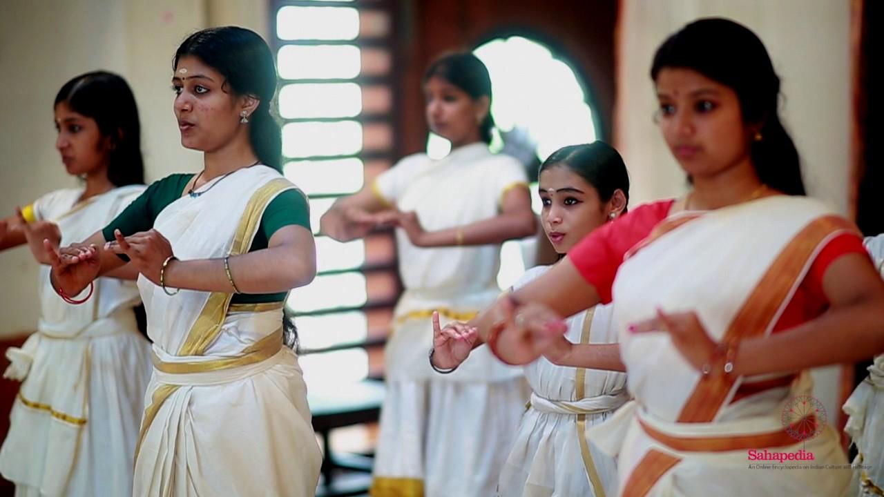 Mohiniyattam: Learning the basics