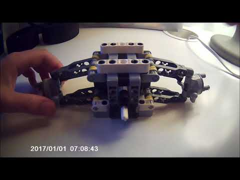 Lego front suspended steering system
