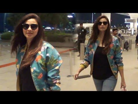 Daisy Shah Spotted At Mumbai Airport While Leaving For Dubai | Da-bangg Tour 2019