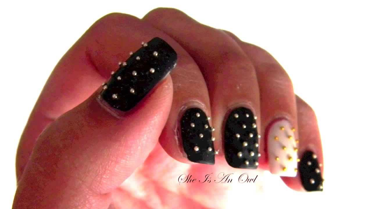 Super Black and White Studded Rock Nails (Unghie bianche e nere  LC84