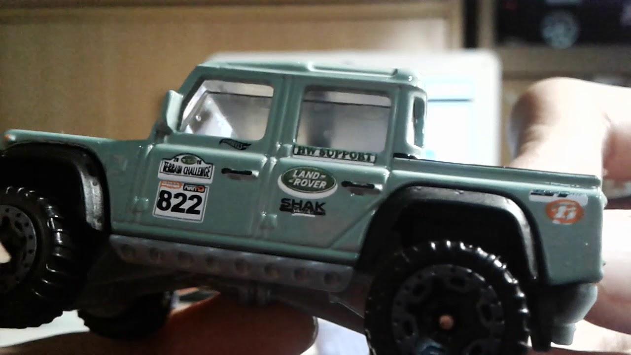 hot wheels '15 land rover defender double cab (hw hot trucks