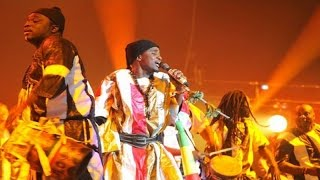 Download Wally B. Seck - Beug Maodo (Hommage aux Tidianes) Live vogue 2017 MP3 song and Music Video