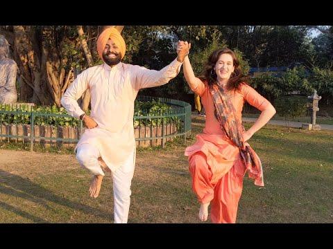 viah-wala-card-|-jodi-bhangra-|-ravneet-|-apni-bhangra-mutiyaar-featuring-bhangre-da-raja