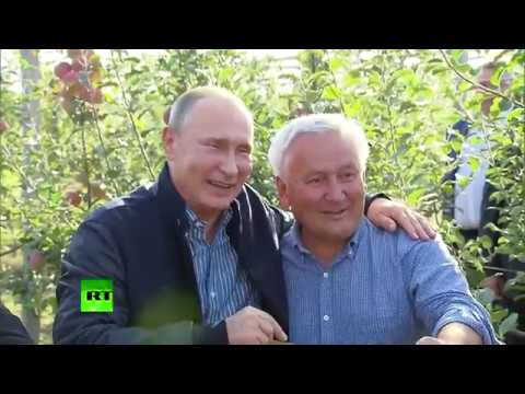 That autumn feeling: Putin inspects orchard & Russian apples