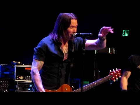 """""""Crows on a Wire"""" — Alter Bridge at the Hippodrome (Baltimore), 5/9/17"""