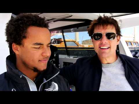 ETNZ: Tom Cruise's Turn To Drive