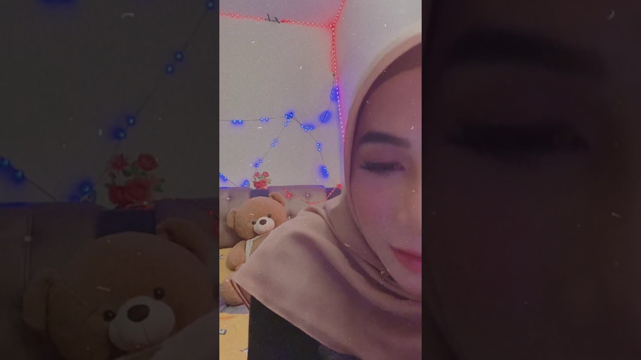 Download Video Hot Ellysya Live IG Pamer Belahan