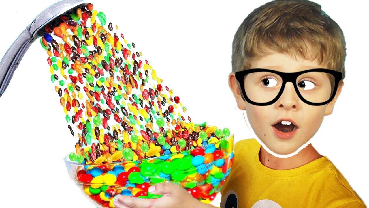 Pretend play Hand Shower m&ms stuck in ear and other funny storiesfrom YuDTV