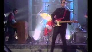 Old Grey Whistle Test with Elvis Costello 1986