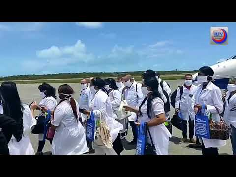Médicos cubanos llegan a Islas Turcas