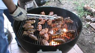 Grilled Hot Wings on the Weber