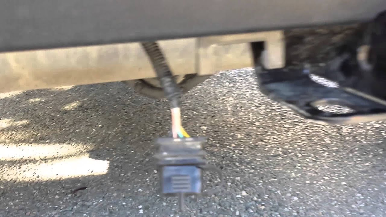 maxresdefault jeep wrangler rugged ridge trailer hitch review youtube rugged ridge tow hitch wiring harness at alyssarenee.co