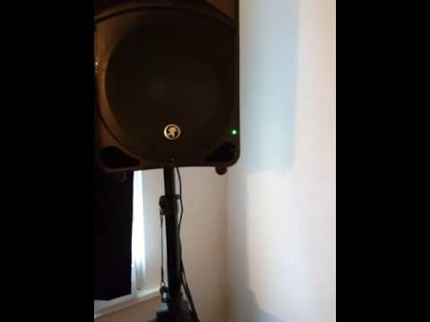 mackie thump 12 1000 watt review by djsmooth ny youtube. Black Bedroom Furniture Sets. Home Design Ideas