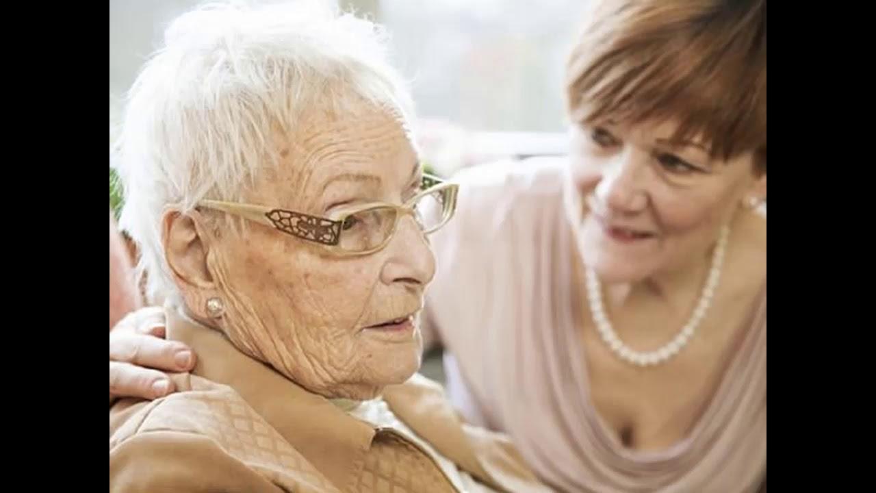 Alzheimer Bệnh tiết niệu Đột quỵ Bệnh tuyến giáp là các căn bệnh hay gặp ở phụ nữ