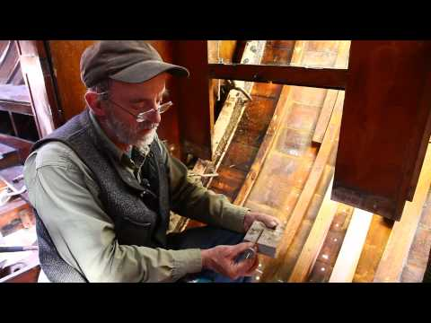 How to laminate wood with epoxy for wooden boat building - (Part 2 of 2)