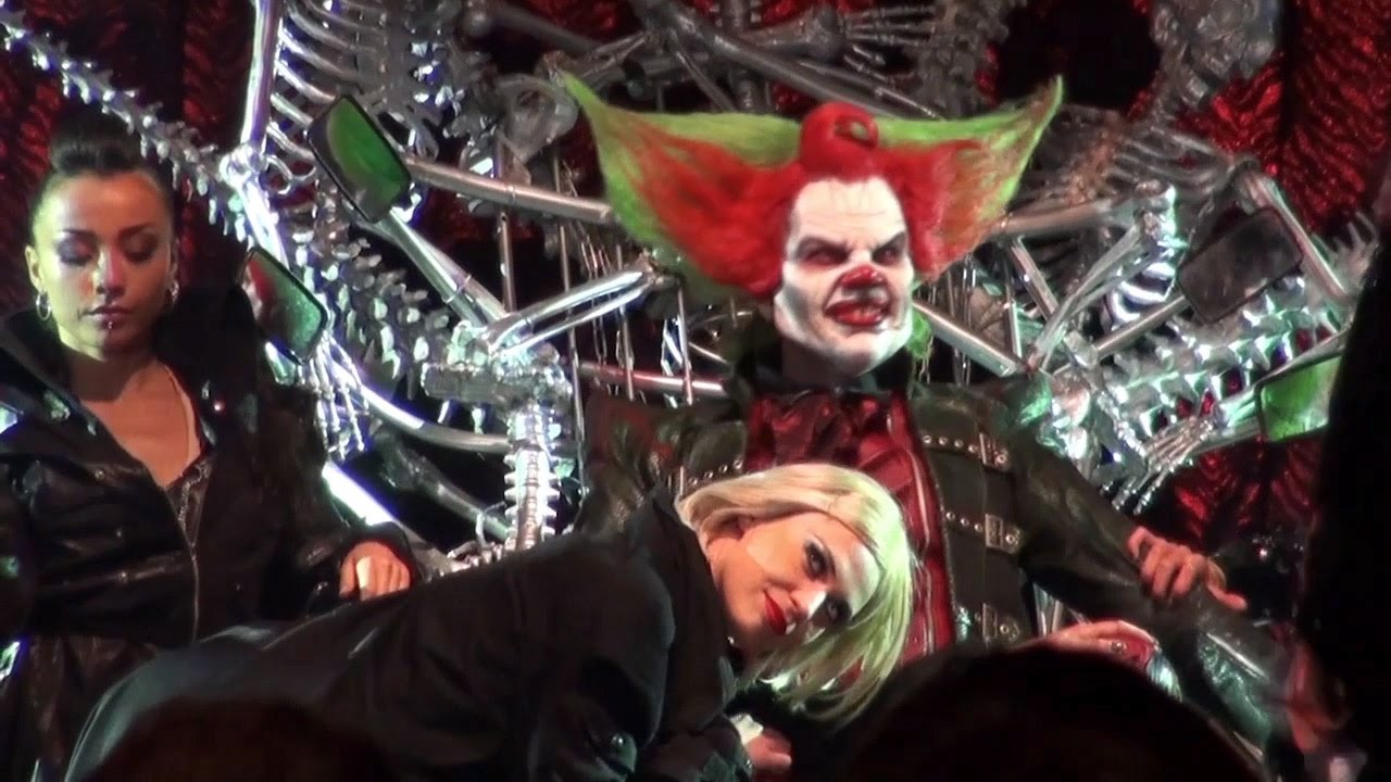 Halloween Fright Nights 2019 Walibi.Eddie De Clown Sm Show Halloween Fright Nights In Walibi Holland 2015