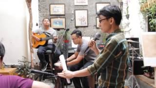 ( Tập luyện đêm nhạc ) - Ngôi Nhà Số 7 Café