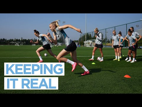 TRAINING OF THE CITY OF MAN    Getting ready for Real Madrid    UWCL 21/22