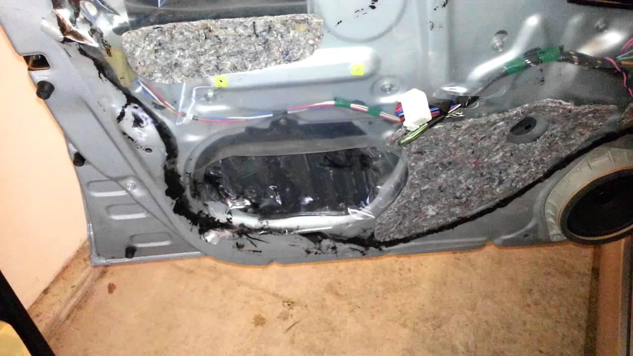 2005 Toyota Corolla Door Panel Removed - Lubricating \u0026 Testing Door Lock / Unlock Switch - YouTube & 2005 Toyota Corolla Door Panel Removed - Lubricating \u0026 Testing Door ...
