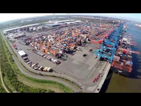 Hamburg von oben - Container Terminal Altenwerder und Moorburger Park
