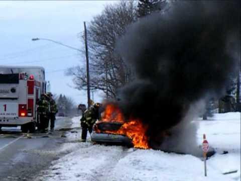 Alden, NY - Veh Fire