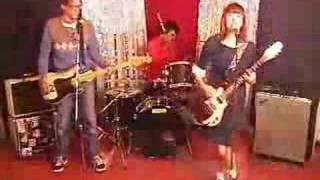 "The Muffs - ""Really Really Happy"" Five Foot Two Records"