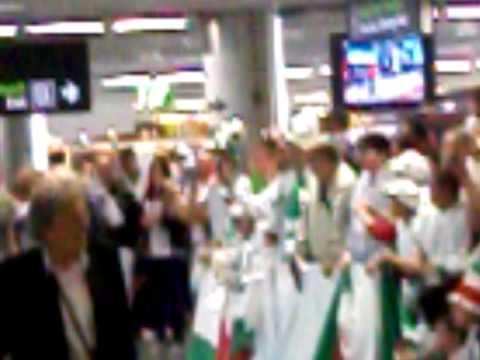 Algerian fans Dublin airport